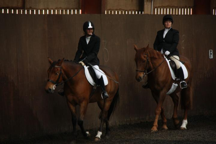 catherine-and-mcginty-chestnuts-riding-school-13-05-2009-b013-3