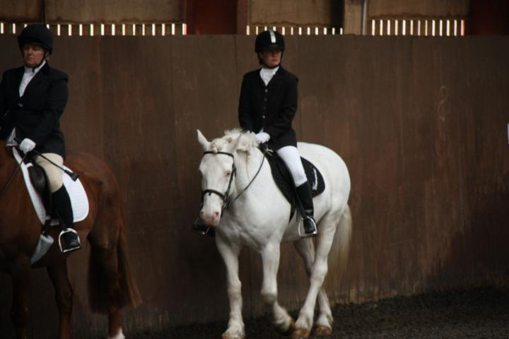 catherine-and-mcginty-chestnuts-riding-school-13-05-2009-b013-4