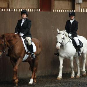 catherine-and-mcginty-chestnuts-riding-school-13-05-2009-b013-6