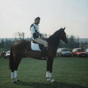 chestnuts-riding-school-Image100