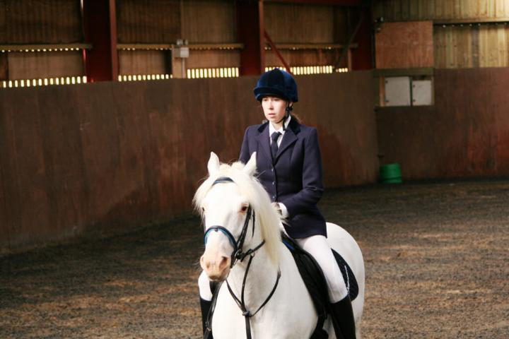 chestnuts-riding-school-sussex-brighton-dressage-2006-05-10-2008-06