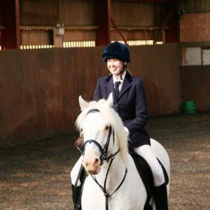 chestnuts-riding-school-sussex-brighton-dressage-2006-05-10-2008-07