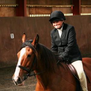 chestnuts-riding-school-sussex-brighton-dressage-2006-05-10-2008-12