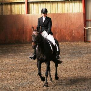 chestnuts-riding-school-sussex-brighton-dressage-2006-05-10-2008-43
