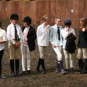 chestnuts-riding-school-sussex-brighton-dressage-2006-05-10-2008-89