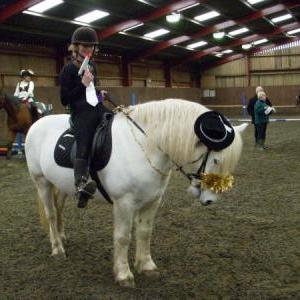 chestnuts-riding-school-sussex-brighton-xmas-show-2006-08