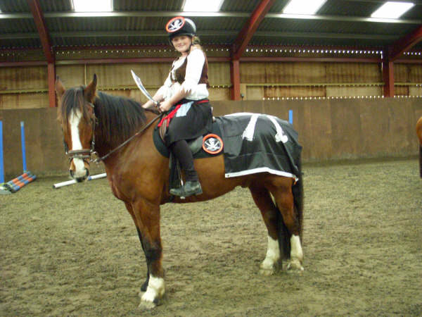 chestnuts-riding-school-sussex-brighton-xmas-show-2006-10
