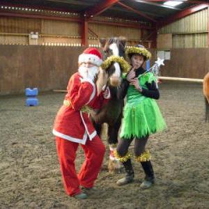 chestnuts-riding-school-sussex-brighton-xmas-show-2006-22