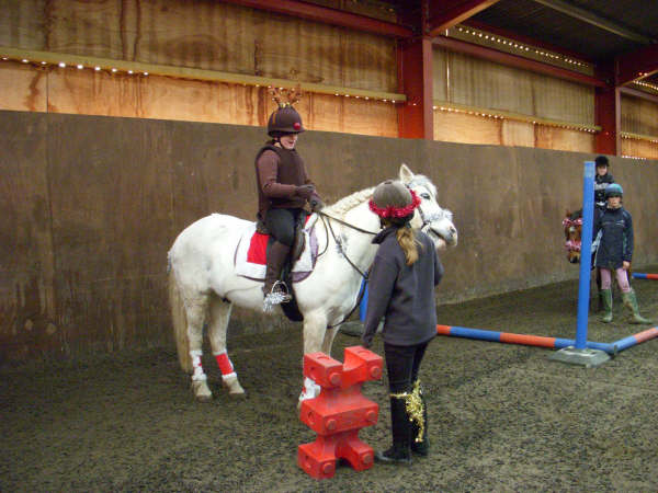 chestnuts-riding-school-sussex-brighton-xmas-show-2006-26