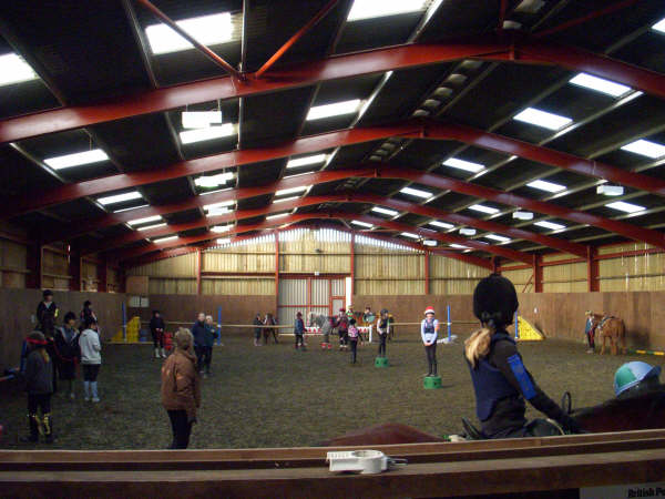 chestnuts-riding-school-sussex-brighton-xmas-show-2006-29
