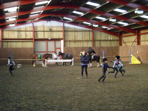 chestnuts-riding-school-sussex-brighton-xmas-show-2006-32