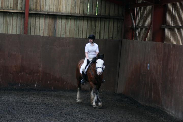 katie-and-daisy-chestnuts-riding-school-13-05-2009-b012-02