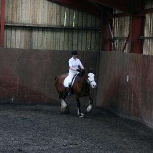 katie-and-daisy-chestnuts-riding-school-13-05-2009-b012-09
