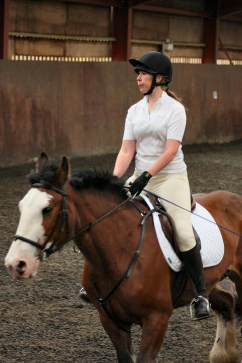katie-and-daisy-chestnuts-riding-school-13-05-2009-b012-18