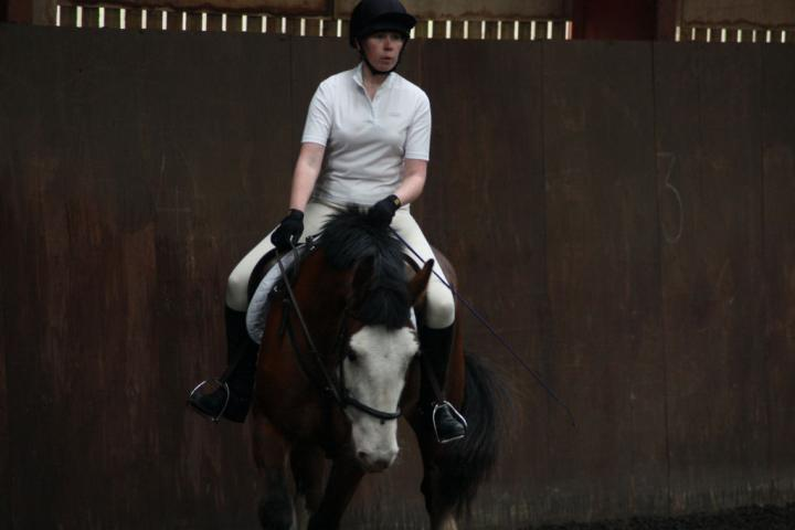 katie-and-daisy-chestnuts-riding-school-13-05-2009-b012-27