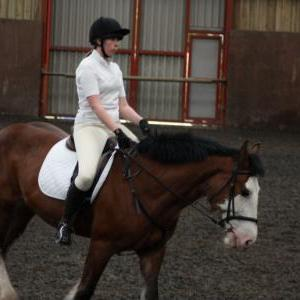 katie-and-daisy-chestnuts-riding-school-13-05-2009-b012-28