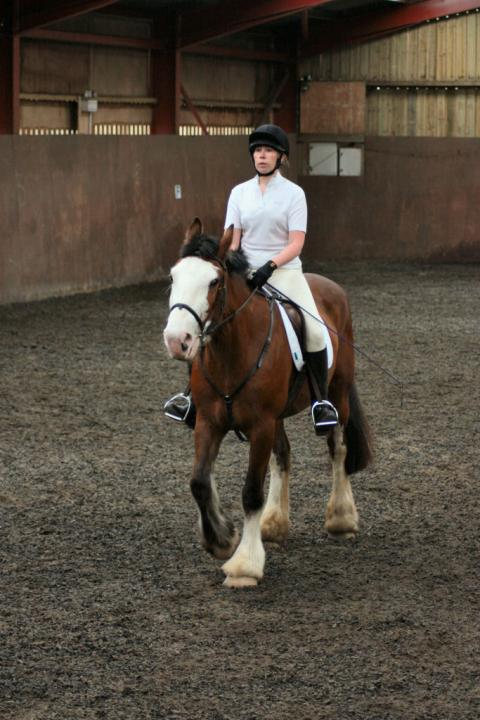 katie-and-daisy-chestnuts-riding-school-13-05-2009-b012-30