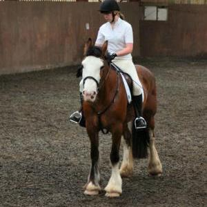katie-and-daisy-chestnuts-riding-school-13-05-2009-b012-31