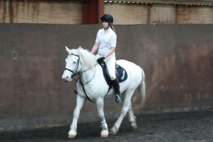 katie-and-tommy-chestnuts-riding-school-13-05-2009-b011-10