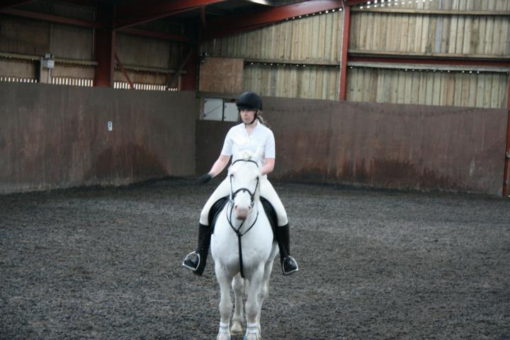 katie-and-tommy-chestnuts-riding-school-13-05-2009-b011-19