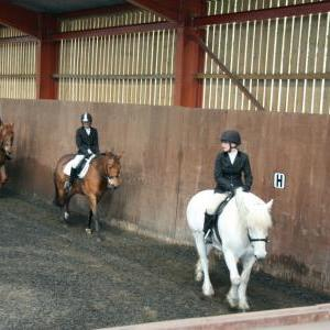lucy-and-rupert-chestnuts-riding-school-13-05-2009-b003-01