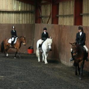 lucy-and-rupert-chestnuts-riding-school-13-05-2009-b003-03