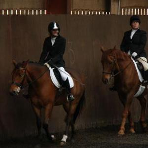 lucy-and-rupert-chestnuts-riding-school-13-05-2009-b003-05