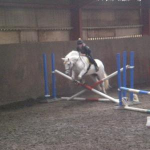 Lydia & Miffy jumping