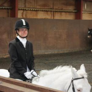megan-and-tommy-chestnuts-riding-school-13-05-2009-b010-11