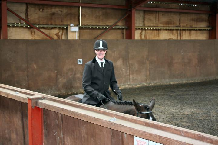mervin-and-reilly-chestnuts-riding-school-15-05-2009-b006-14