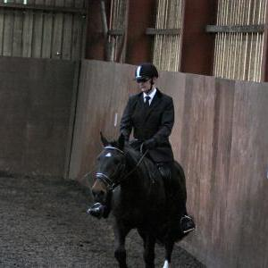 mervin-and-reilly-chestnuts-riding-school-15-05-2009-b006-18