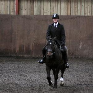 mervin-and-reilly-chestnuts-riding-school-15-05-2009-b006-20