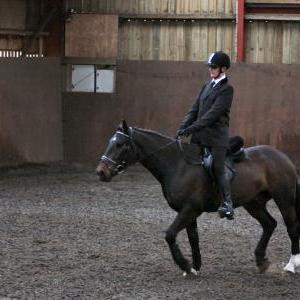 mervin-and-reilly-chestnuts-riding-school-15-05-2009-b006-24