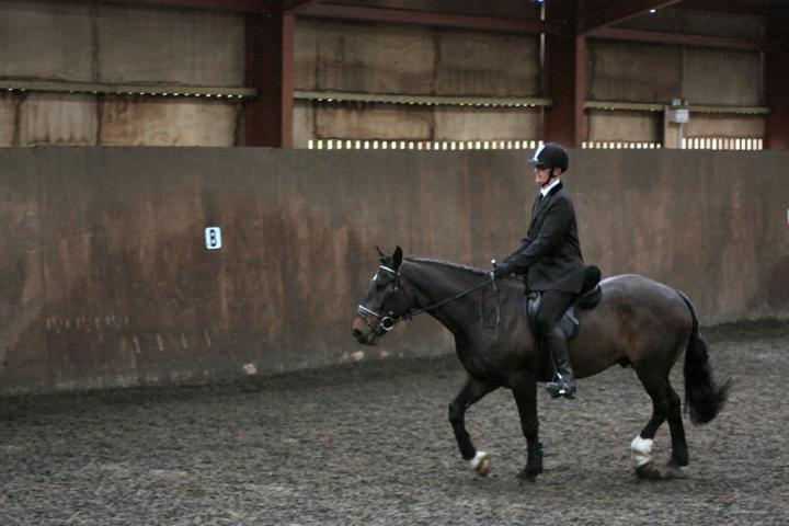 mervin-and-reilly-chestnuts-riding-school-15-05-2009-b006-25