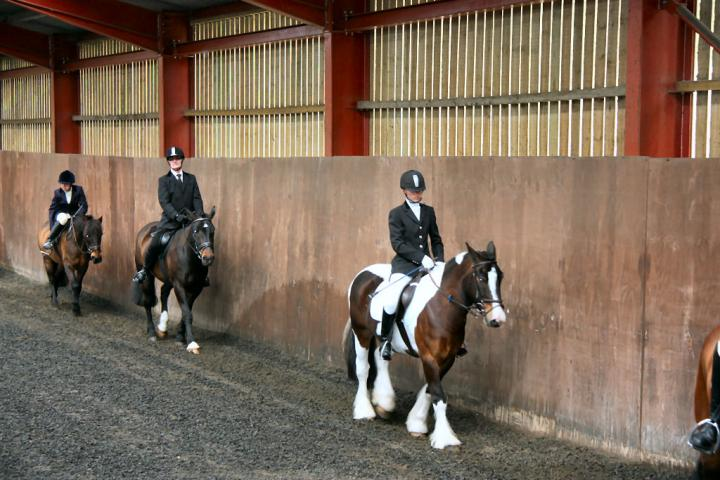patsy-and-bud-chestnuts-riding-school-13-05-2009-b014-03