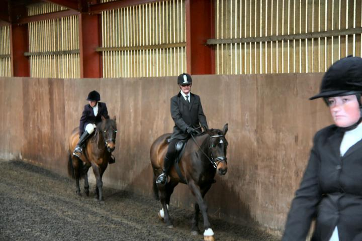 patsy-and-bud-chestnuts-riding-school-13-05-2009-b014-04