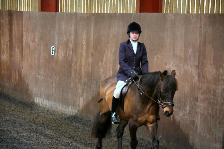 patsy-and-bud-chestnuts-riding-school-13-05-2009-b014-06