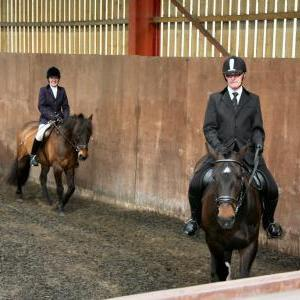 patsy-and-bud-chestnuts-riding-school-13-05-2009-b014-08