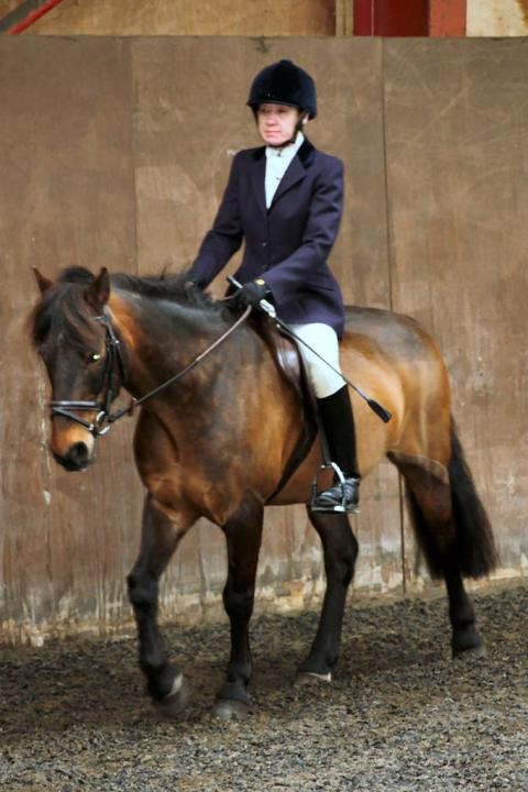 patsy-and-bud-chestnuts-riding-school-13-05-2009-b014-19