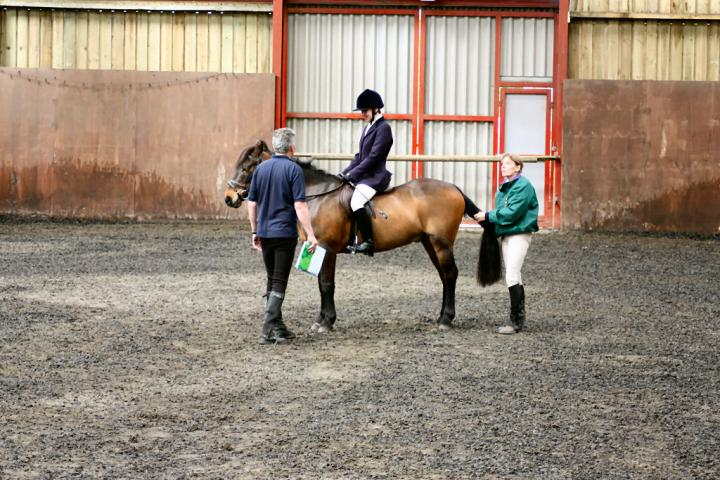 patsy-and-bud-chestnuts-riding-school-13-05-2009-b014-27