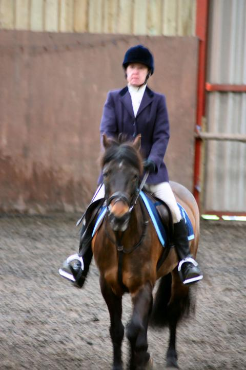 patsy-and-bud-chestnuts-riding-school-13-05-2009-b014-38
