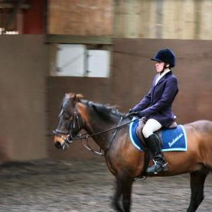 patsy-and-bud-chestnuts-riding-school-13-05-2009-b014-44