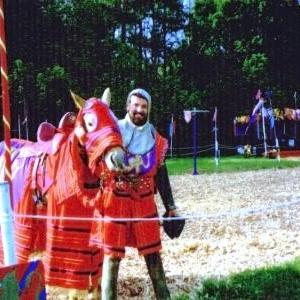 richard-hazelden-jousting