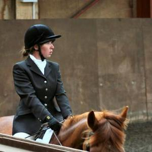 victoria-and-mcginty-chestnuts-riding-school-13-05-2009-b008-11