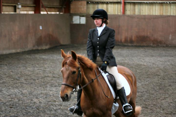 victoria-and-mcginty-chestnuts-riding-school-13-05-2009-b008-13