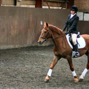 victoria-and-mcginty-chestnuts-riding-school-13-05-2009-b008-18